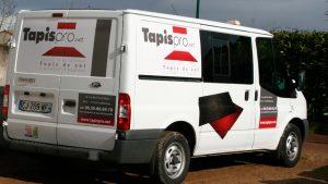 Habillage graphique du camion de Tapis Pro - Elisabeth MORIN - Graphiste La Rochelle