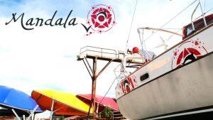 Habillage graphique du voilier Mandala V - Elisabeth MORIN Graphiste La Rochelle